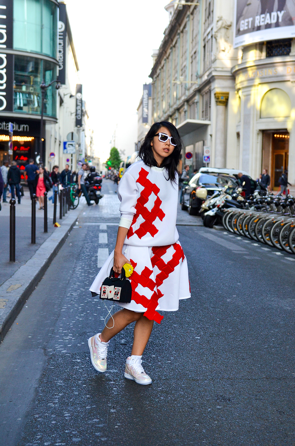 Paris Fashion Week Street Style Look 1 Yuyu Fashion Book