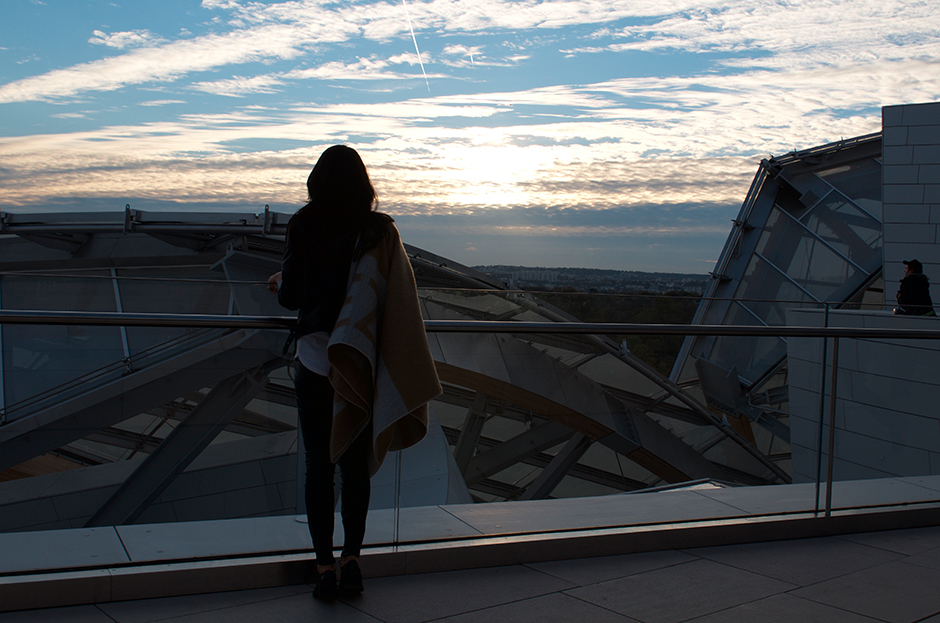 louis vuitton fondation sunset