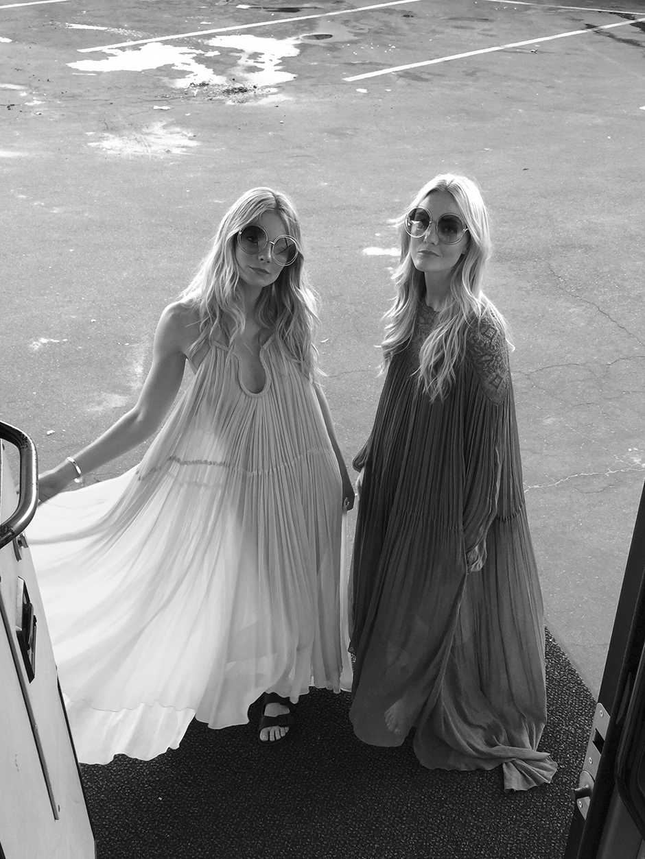 Chloe dress, shoot campagnie backstage