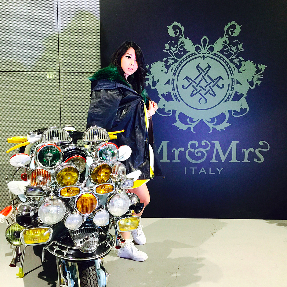 mr mrs italy showroom