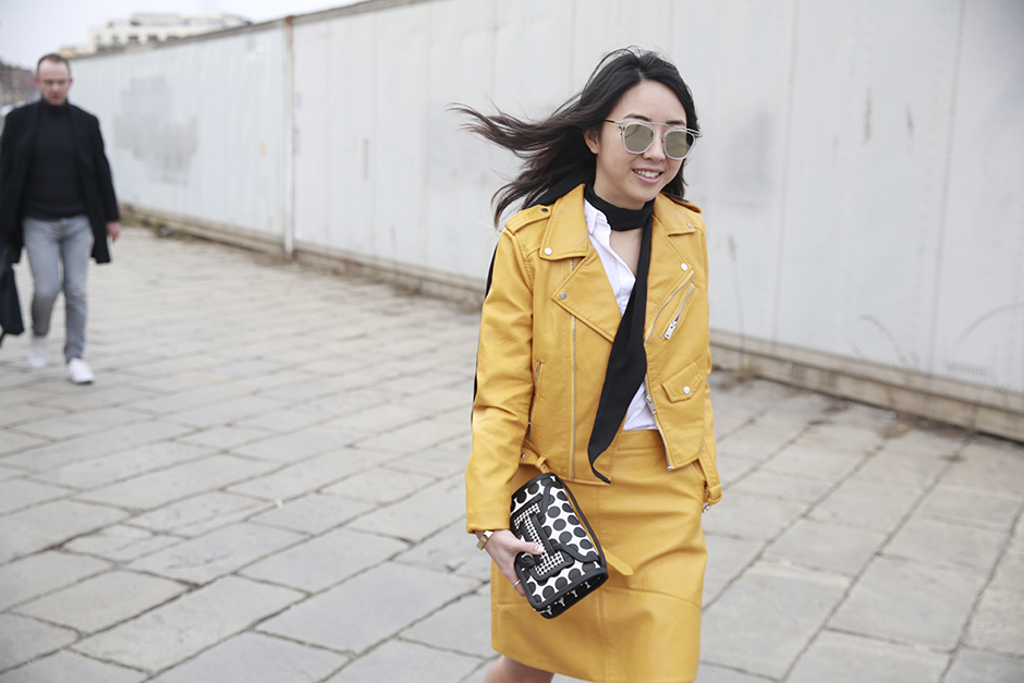 yellow look 9